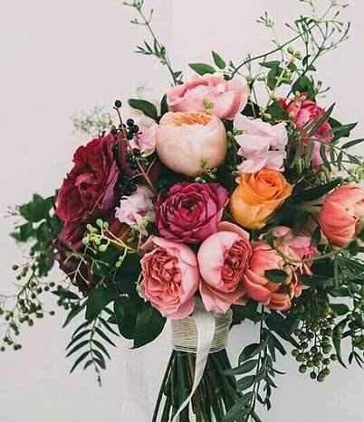 bridal-bouquet-engagement-photos-2017-4